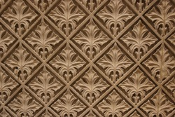 fleur-de-lis wall pattern