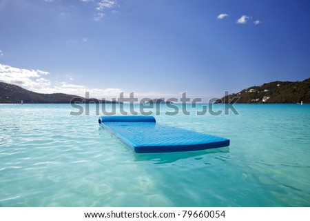 Float drifting peacefully in Magens Bay