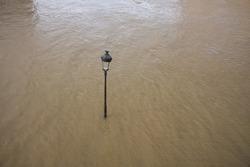 flood in Paris february 2021