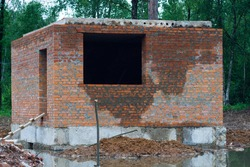 Flooded brick structure