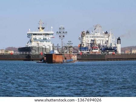 floodgate with vessels kiel canal germany #1367694026