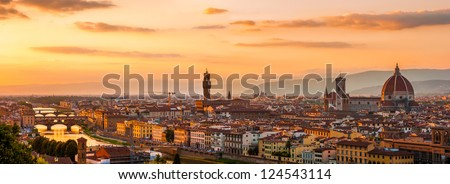 Florence city during golden sunset. Panoramic view to the river Arno, with Ponte Vecchio, Palazzo Vecchio and Cathedral of Santa Maria del Fiore (Duomo), Florence, Italy