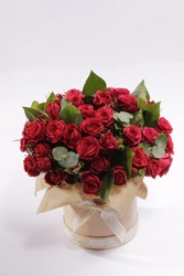 flower box bouquet of red roses