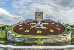 Flower clock (1814) in Niagara Parkway. This unique attraction is a very popular stop on the Niagara Parkway. Niagara Falls, Ontario, Canada.