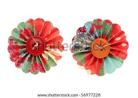 Flower made with button and paper