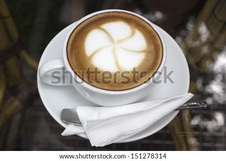 Flower on latte coffee art/Latte Art coffee