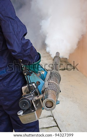 Fogging to dengue preventive