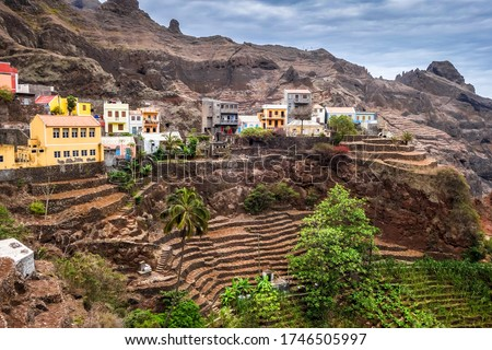 Fontainhas village and terrace fields in Santo Antao island, Cape Verde, Africa Foto stock ©