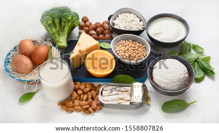 Foods High in Calcium for bone health, muscle constraction, lower cancer risks, weight loss.  Stock photo ©
