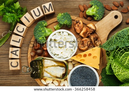 Foods rich in calcium such as sardines, bean, dried figs, almonds, cottage cheese, hazelnuts, parsley leaves, blue poppy seed, broccoli, italian cabbage, cheese