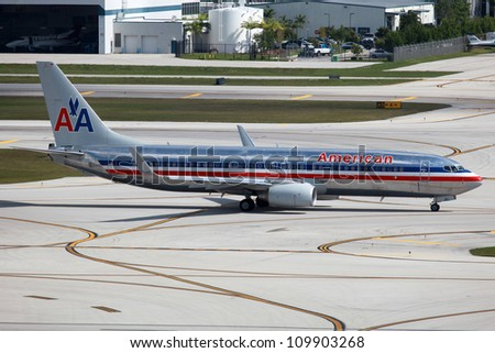 FORT LAUDERDALE, FL - MAY 10: An American Airlines Boeing 737 taxis on May 10, 2012 in Fort Lauderdale, FL. American Airlines operates with 608 planes and carried 86.1 million passengers in 2010.