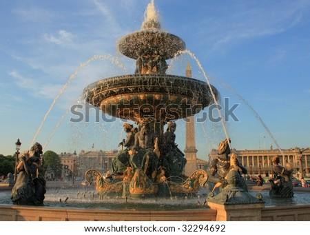 fountain in place de la concorde
