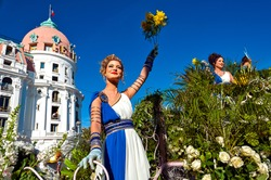 France, Alpes-Maritimes (06), Nice. Carnival, flower battle on the Promenade des Anglais
