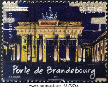 FRANCE - CIRCA 2005: A stamp printed in France shows Brandenburg Gate at night, circa 2005