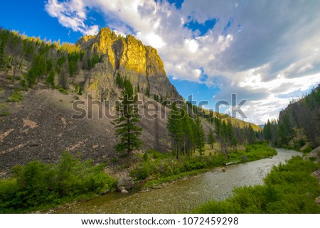 Frank Church River of No Return Wilderness in central Idaho #1072459298
