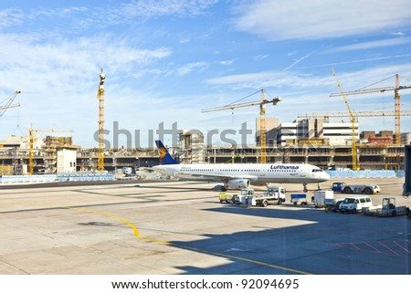 FRANKFURT, GERMANY - AUG 25: Lufthansa Flight ready to head to runway on August, 25, 2011 in Frankfurt, Germany. New Terminal A is under construction for airport enlargement.