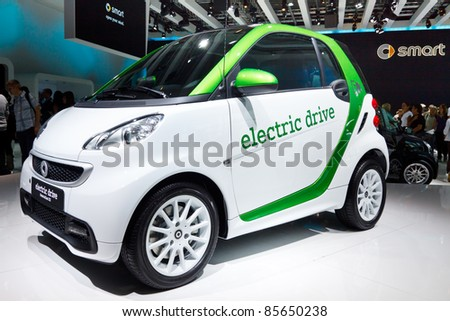FRANKFURT - SEP 24: Smart electric car shown at the 64th IAA Motor Show (Internationale Automobil-Ausstellung) in Frankfurt, Germany, on September 24, 2011.