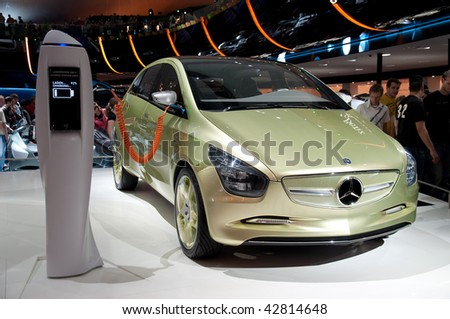FRANKFURT - SEPTEMBER 20: New Mercedes Benz Blue Zero electric car on the 63rd IAA (Internationale Automobil Ausstellung) on September 20, 2009 in Frankfurt, Germany.