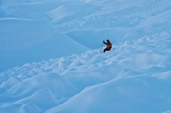 Freeride ski on amazing powder conditions