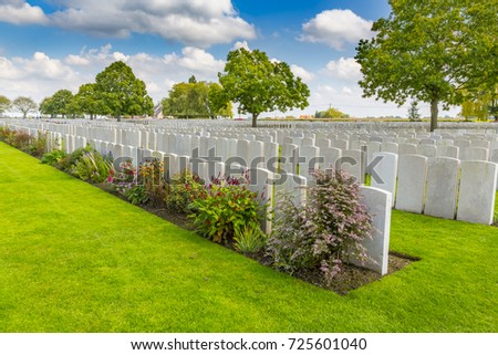 French Graves at LIJSSENTHOEK MILITARY CEMETERY, West-Vlaanderen, Belgium, Lijssenthoek was the location for a number of casualty clearing stations during the First World War. Stock photo ©
