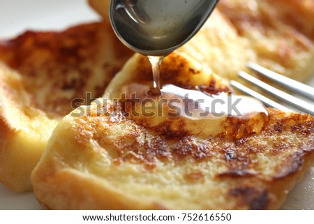 French toast and honey