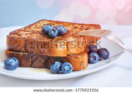 French toast with blueberries on a plate Photo stock ©