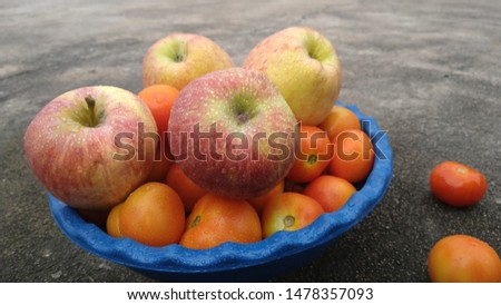 Fresh apples with lovely farm fresh tomatoes