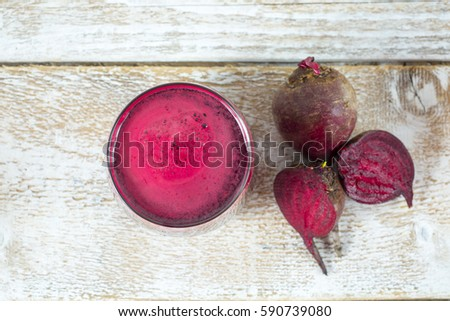 fresh beet juice in a glass