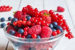 Fresh berries in a bowl