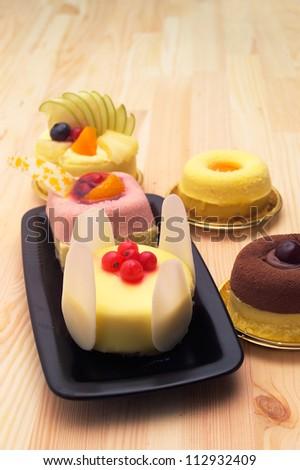 fresh berry fruit cream cake pastry closeup
