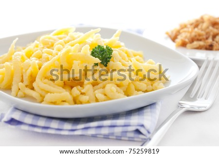 fresh boiled spaetzle on a plate