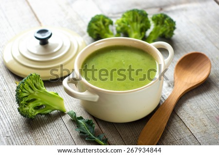 Fresh broccoli soup