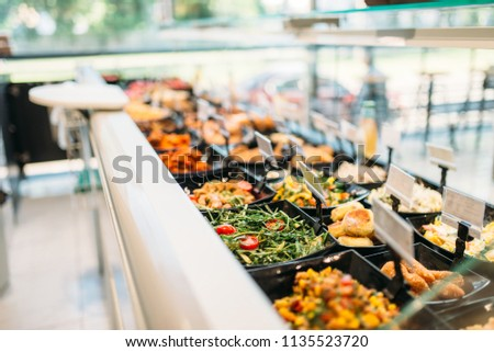 Fresh cooked food in store, nobody Photo stock ©