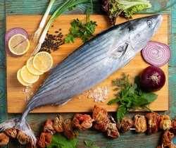 fresh fish fishes kitchen cooking raw eat freshness meal seafood healthy lunch fishing catch food board