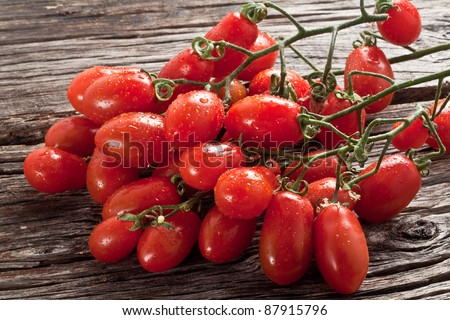 fresh italian cherry tomato on wood
