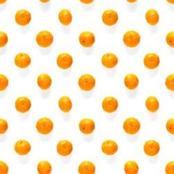 Fresh mandarine Seamles pattern. Ripe fruit tangerines seamless pattern. Fresh citrus isolated on white background pattern. Flat lay of Clementine.