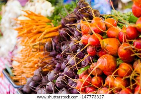 Fresh produce at the local farmer\'s  market.