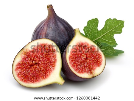 Fresh purple fig fruit and slices with leaf isolated on white background Stockfoto ©