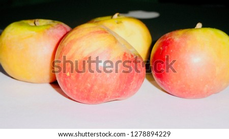 Fresh Simla Apple            #1278894229