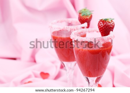 Fresh strawberry drink in wine glasses. Shallow dof
