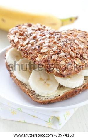 fresh wholemeal bun with banana