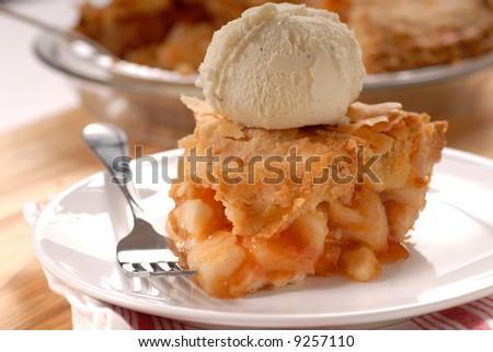 Freshly baked deep dish apple pie a la mode Imagine de stoc ©