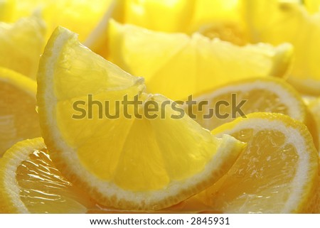 Freshly sliced sun drenched lemons, also available in oranges and limes.