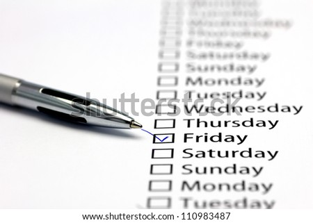 Friday checked in check box in a row of days of the week