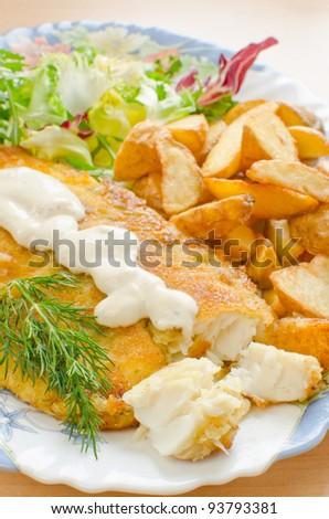 Fried breaded tilapia with aioli sauce