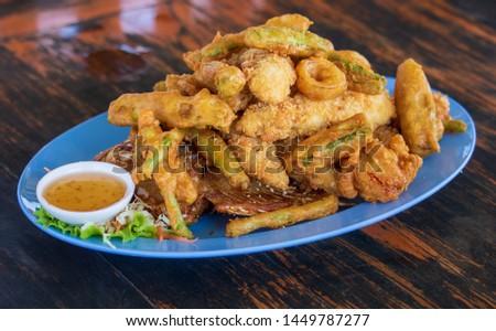 fried food,Fried squid,fried shrimp,Fried fish