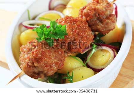 Fried meatballs with potatoes