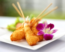 Fried prawn balls with orchid