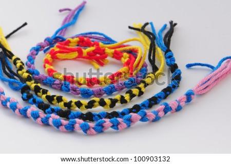 Braiding Wheel Friendship Bracelets - Instructables.com