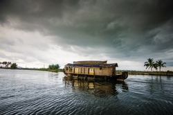 From Darkness to Light - A Houseboat Experience